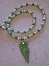 Click to see a larger picture of DS300 - Green and White Glass Beaded Green Glass Arrowhead Necklace