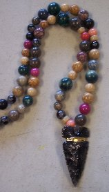 Click to see a larger picture of DS302 - Mixed Stone Beaded Obsidian Arrowhead Necklace
